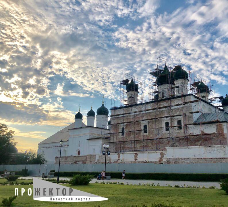 Профессор АГУ рассказал почему в Астрахани дождливое лето