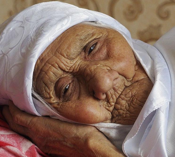 В Астрахани скончалась старейшая женщина на планете