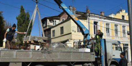 Одну из центральных улиц  Астрахани доведут до ума к концу октября