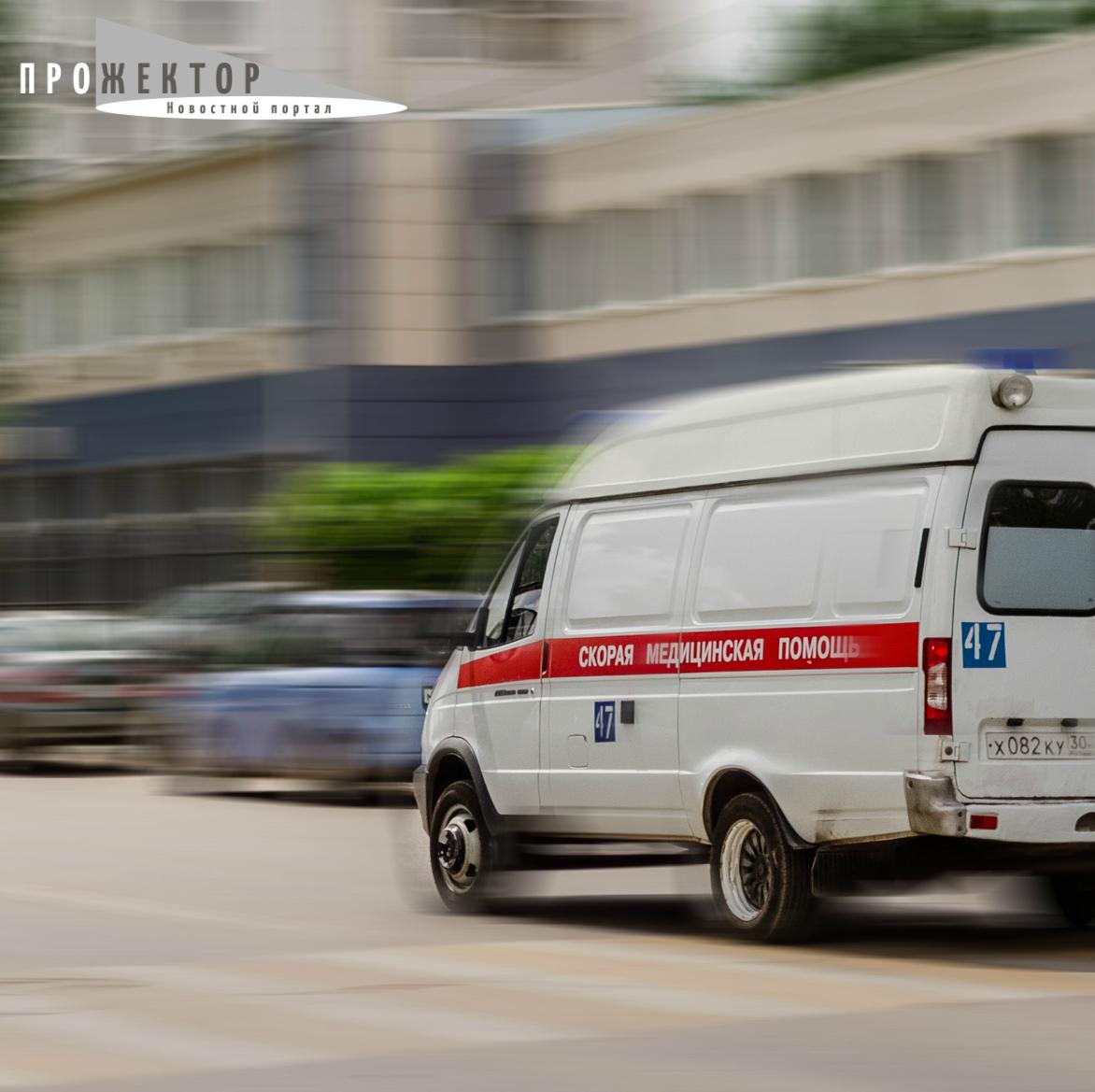 Астраханка скончалась, выпав из окна третьего этажа