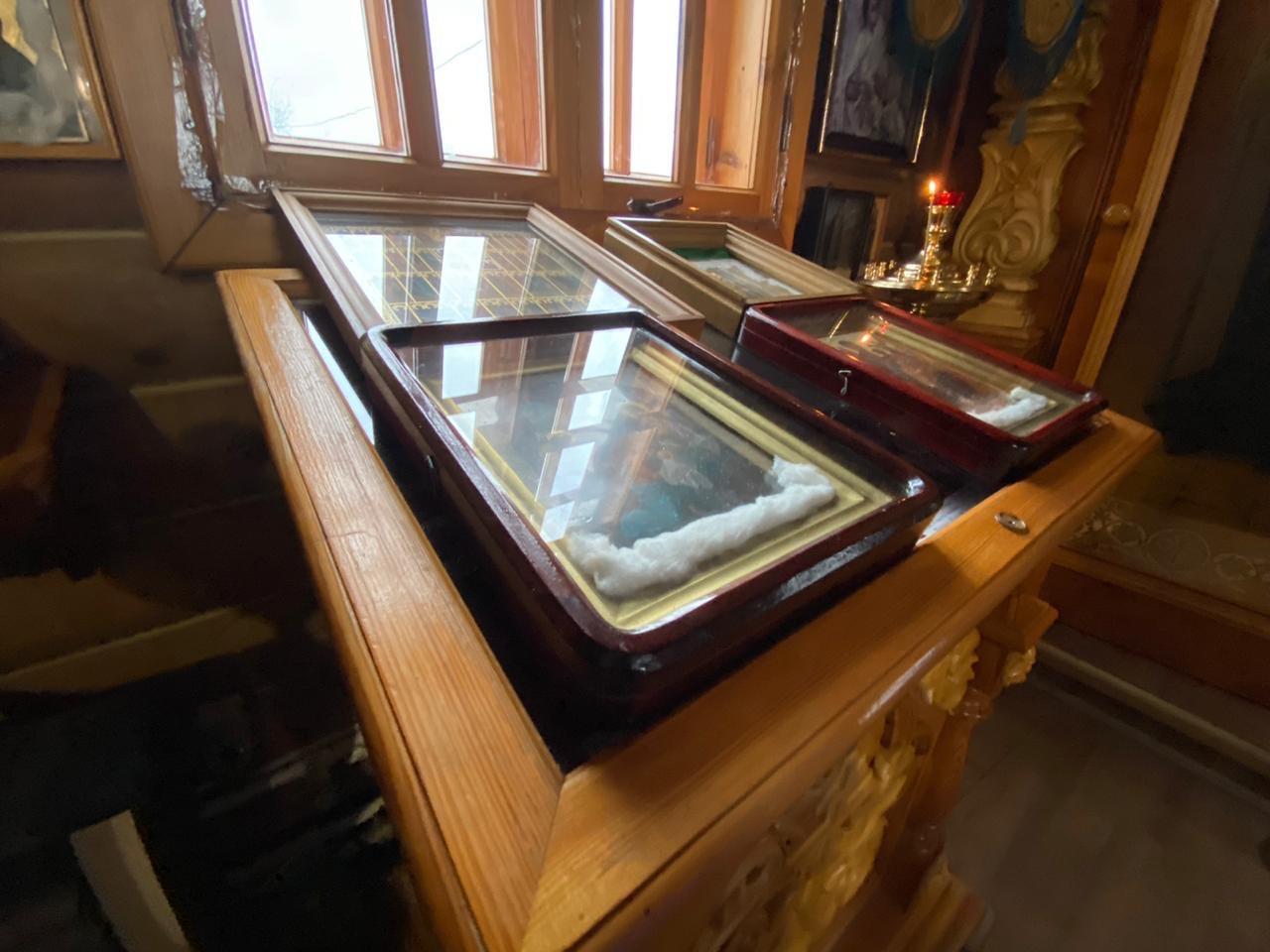 В Чуркинском монастыре мироточат новые иконы