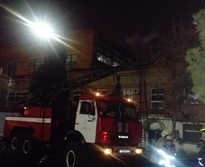 Пожар на заводе ТРЗ случился в Астрахани