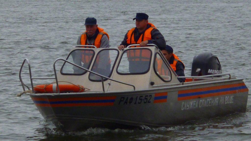 Спасатели возобновили поиски пропавшего рыбака