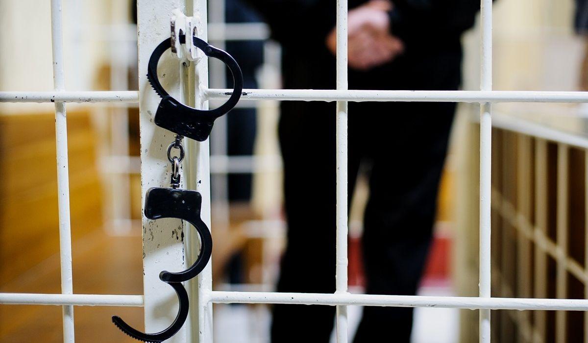 Бывшего начальника Ахтубинских районных электрических сетей филиала «Астраханьэнерго» обвиняют в подкупе