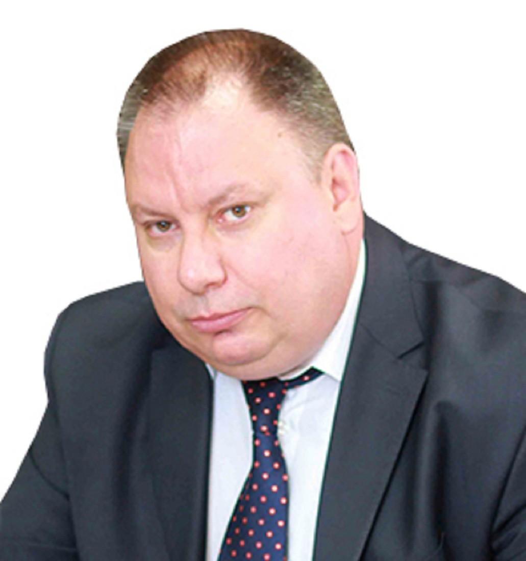 10 тысяч рублей за избиение: суд назначил штраф экс-главврачу детской больницы