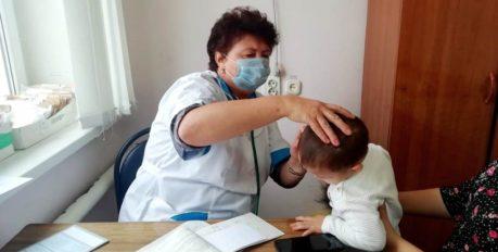 Астраханские медики выезжают в районы области для осмотра детей