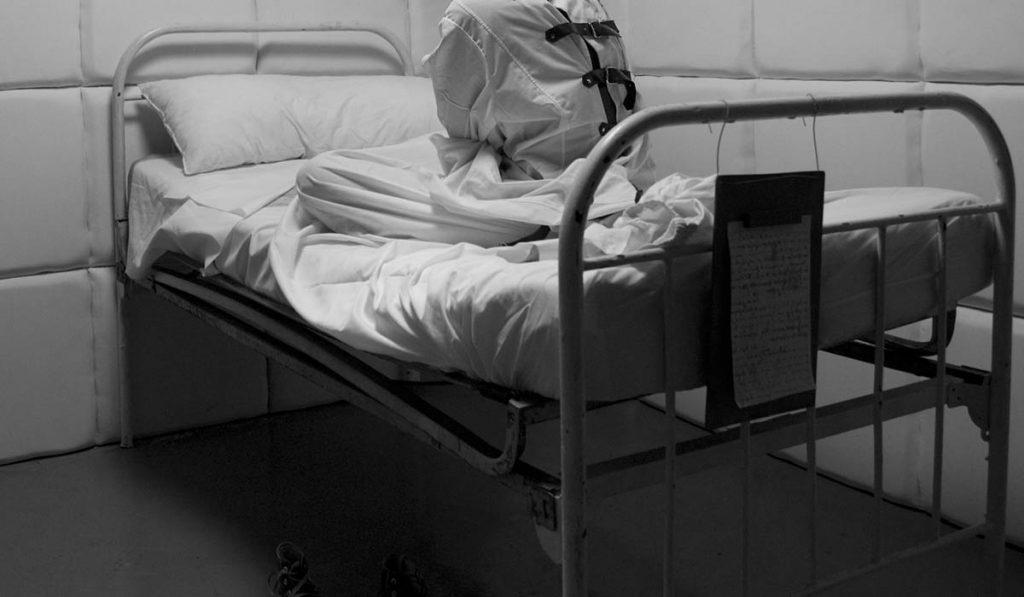 Астраханец убил бабушку и лёг спать