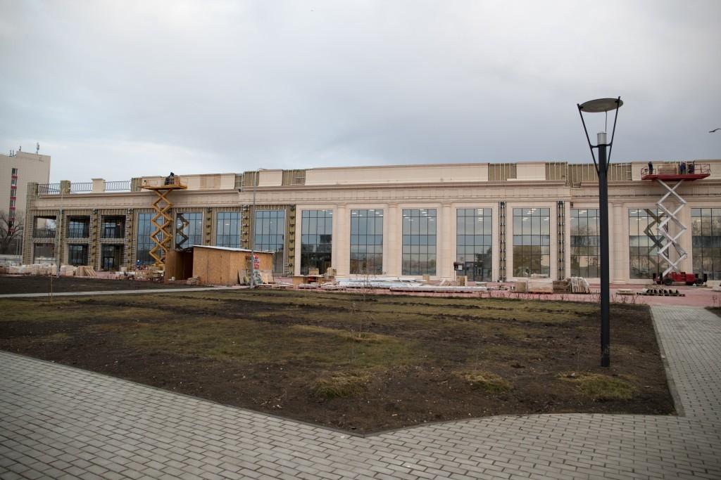 В Астрахани планируют открыть спортивный центр с катком