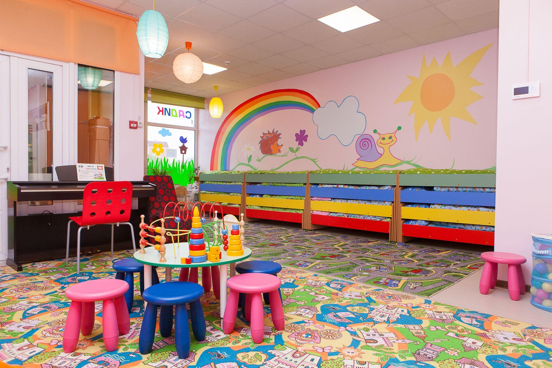 В одном из детских садов Астрахани обрушился потолок