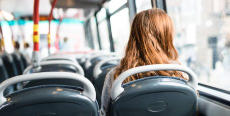 В понедельник в Астрахани возобновится работа общественного транспорта