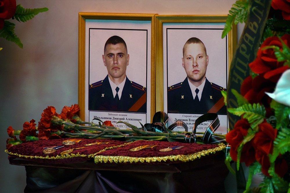 В Астрахани вспоминают инспекторов ДПС, погибших при исполнении служебного долга