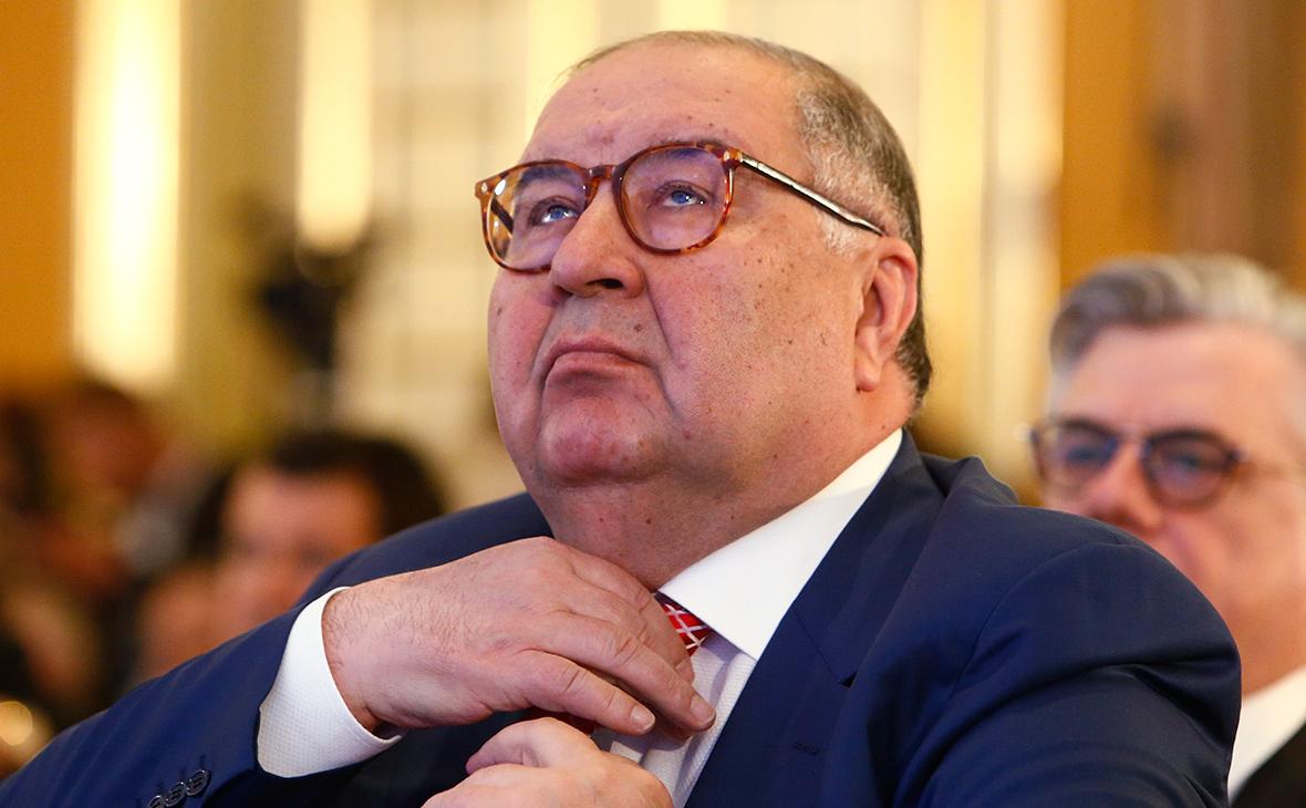 Алишер Усманов поддержал астраханских актёров
