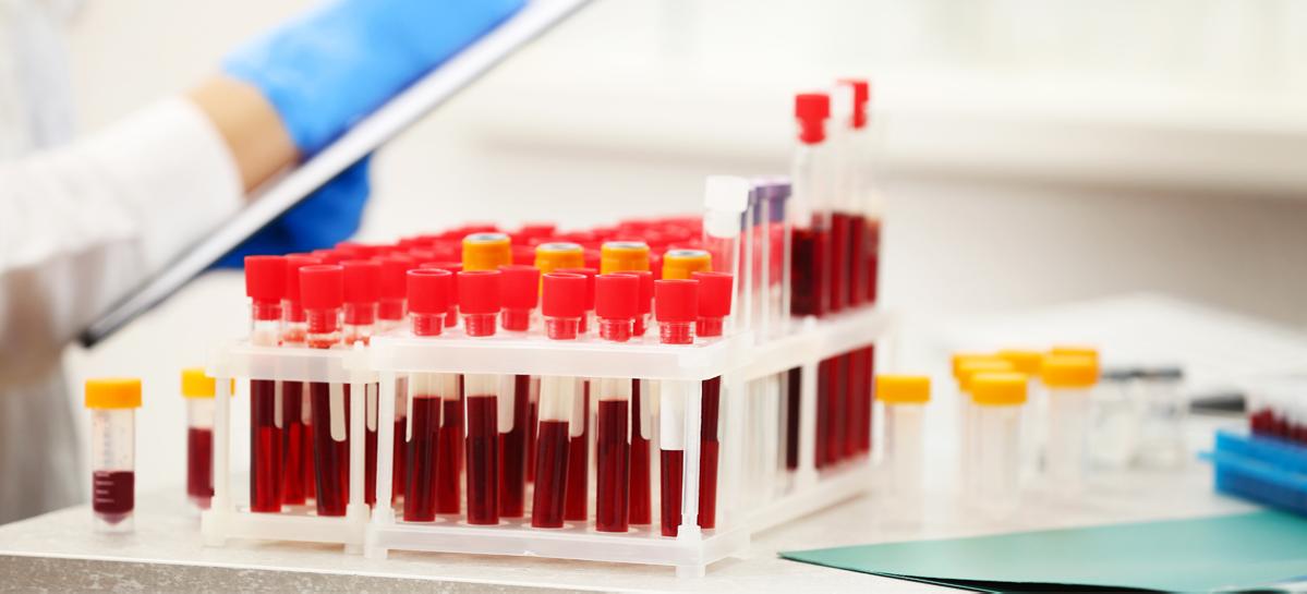 В России разработали вакцину от коронавируса для закапывания в нос