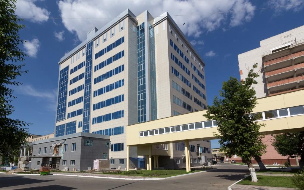 Экс-директор Александро-Мариинской больницы обвиняется в халатности