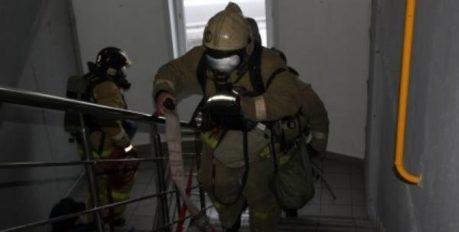 19 астраханцев спасены на пожаре