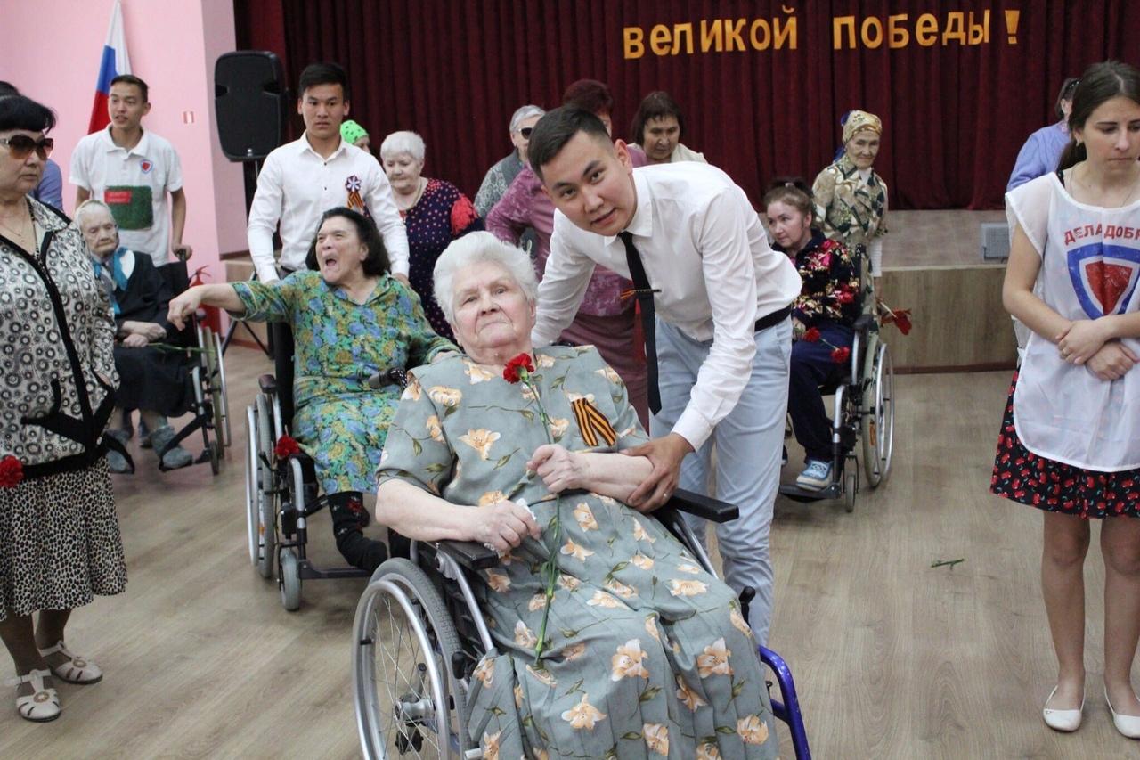 Марат Кодашев: «Мне помогали, когда я был в детском доме, теперь моя очередь»