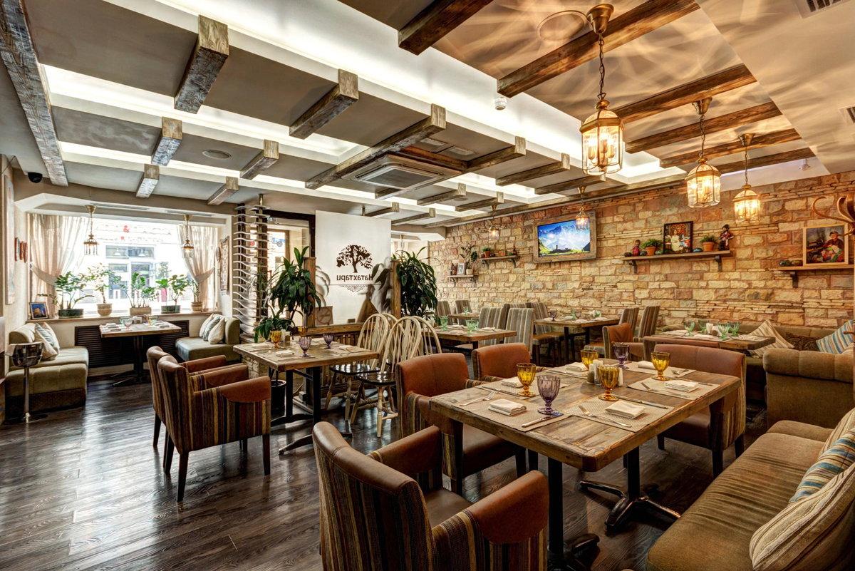 В пятницу в Астрахани откроются кафе и рестораны