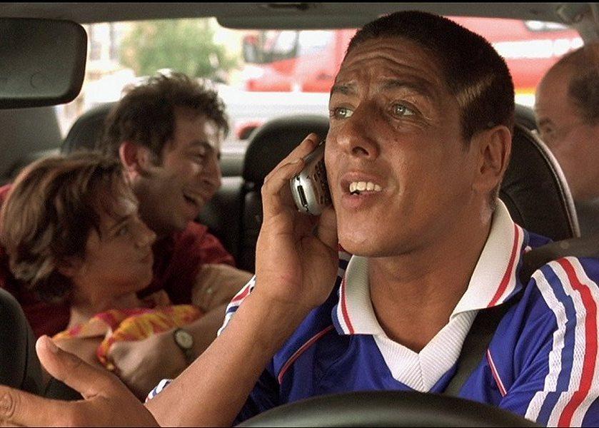 У астраханки приняли роды в машине такси