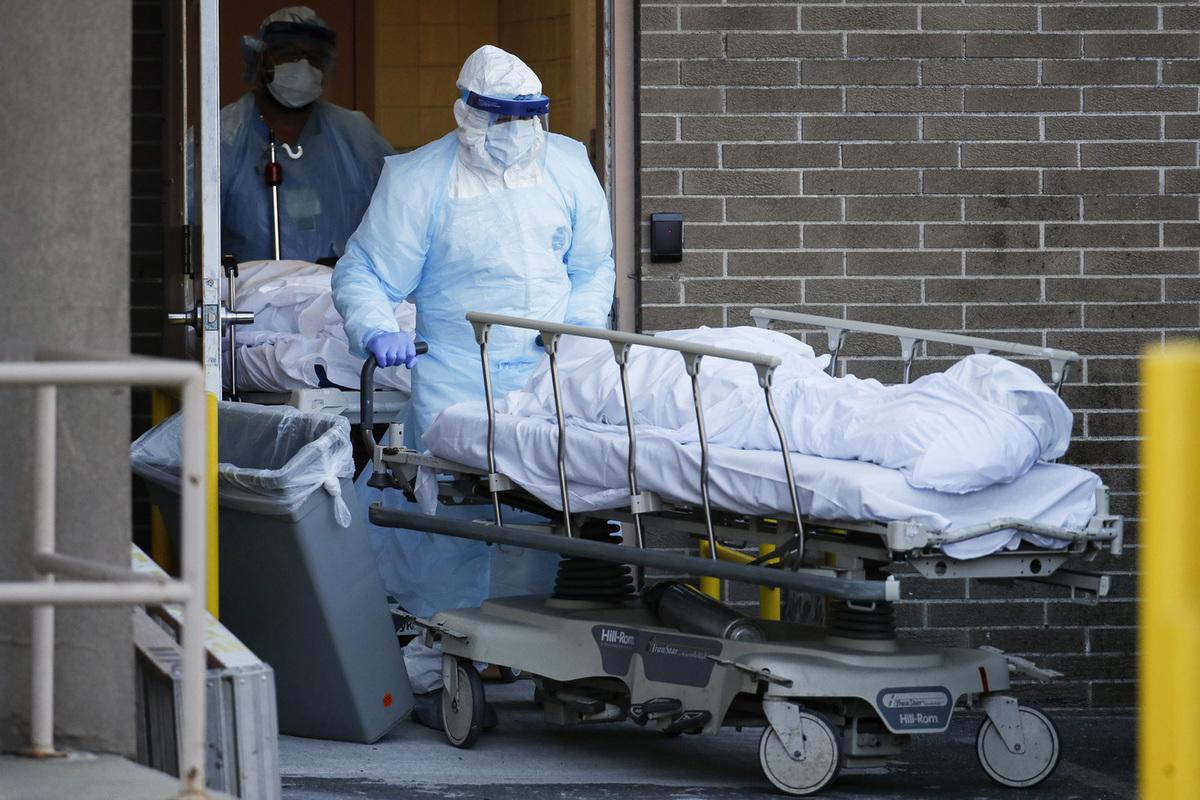 Подробности трёх новых смертей от COVID-19 в Астрахани