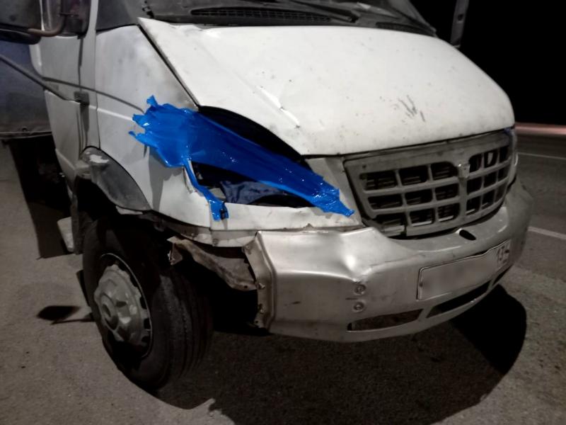 Водитель грузовика насмерть сбил астраханца и скрылся с места ДТП