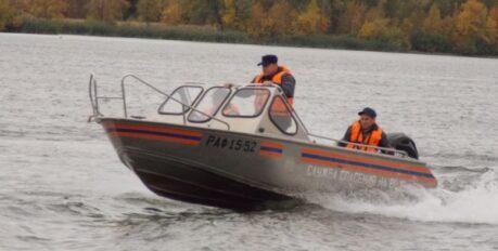 Водолазы спасли астраханца на реке Волге