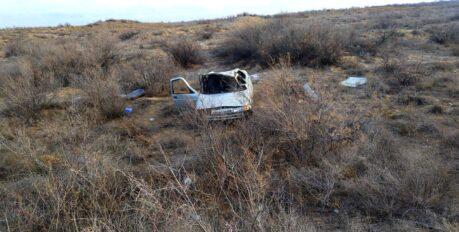 Под Астраханью опрокинулся автомобиль: пострадал водитель