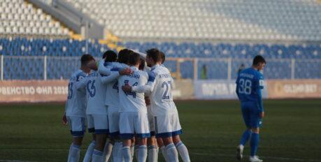 «Волгарь» одержал победу над «Чайкой» со счётом 2:1