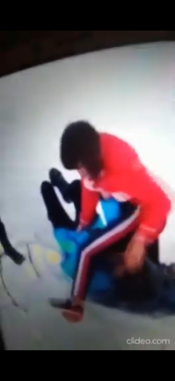 Жестокое видео: в Астраханской области  избили школьницу