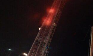 В Астрахани горел башенный кран